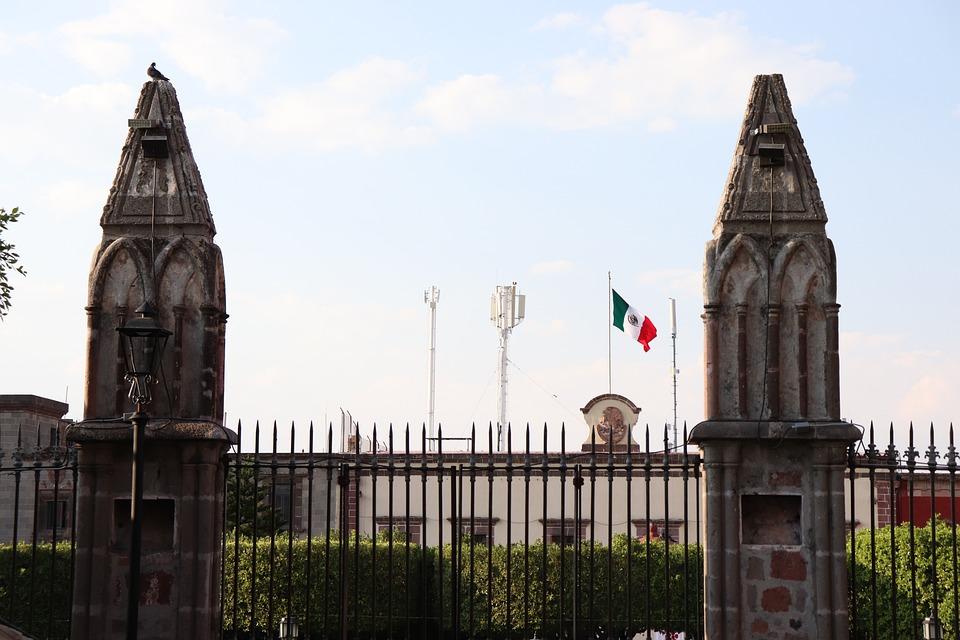 Mexico, Flag, San Miguel De Allende, Village, Monument