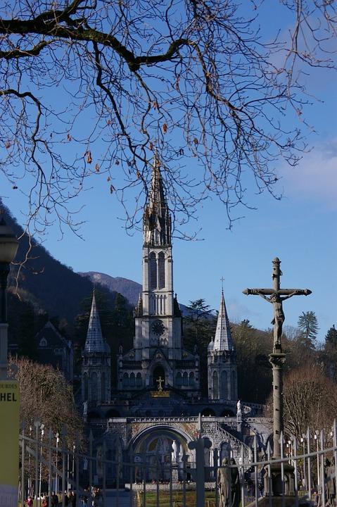 Entry, Sanctuary, Heavy, Cross, Calvary, Breton