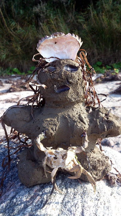 Insel Poel, Fig, Sand, Creativity, Child, Crown, Shell