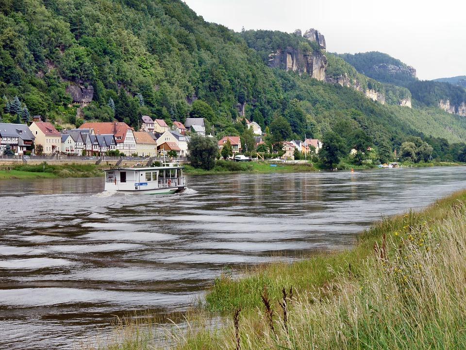 Postelwitz, Elbe, Paddle Steamer, Saxon Switzerland