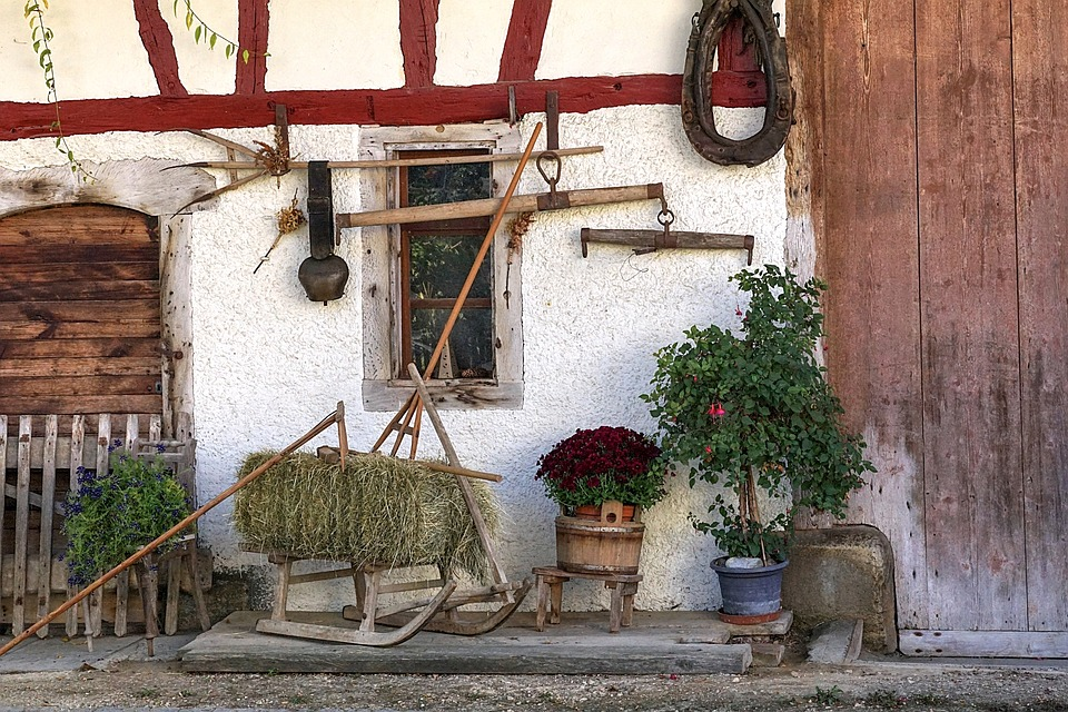 Herbstimpression, Stall, Old Barn, Scale