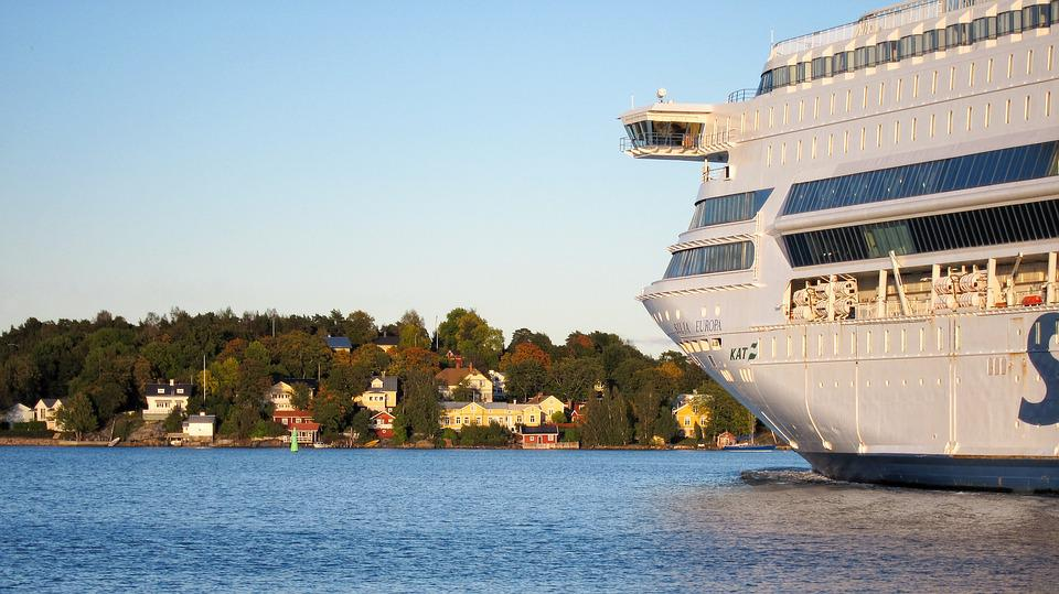 Cruise Ship, Archipelago, Scandinavia, Finland, Sea