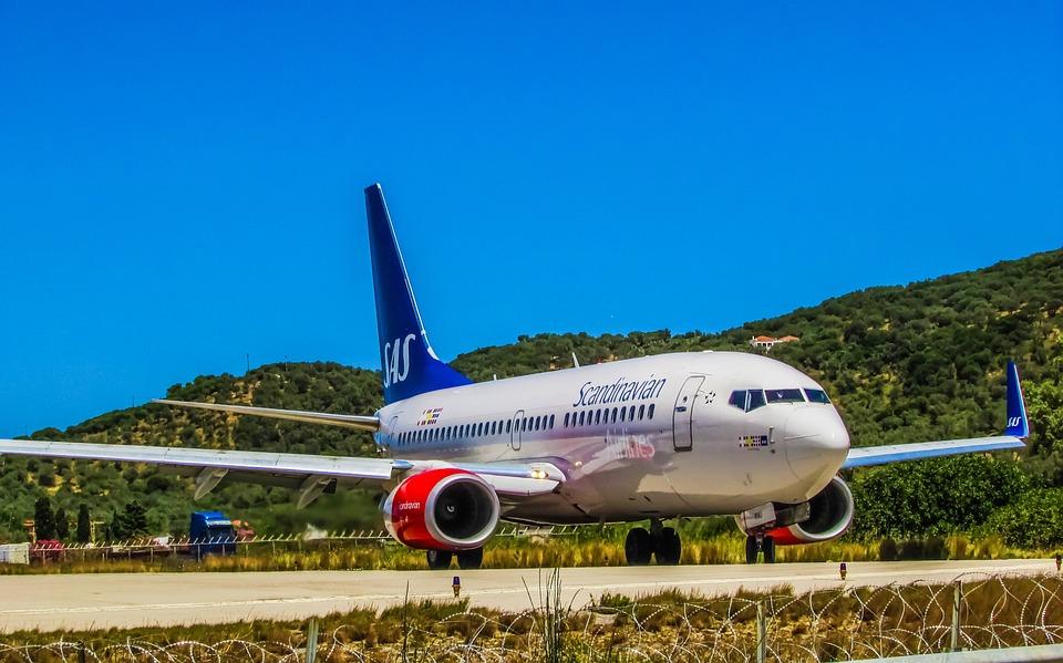 Airplane, Airport, Scandinavian, Airlines, Aircraft
