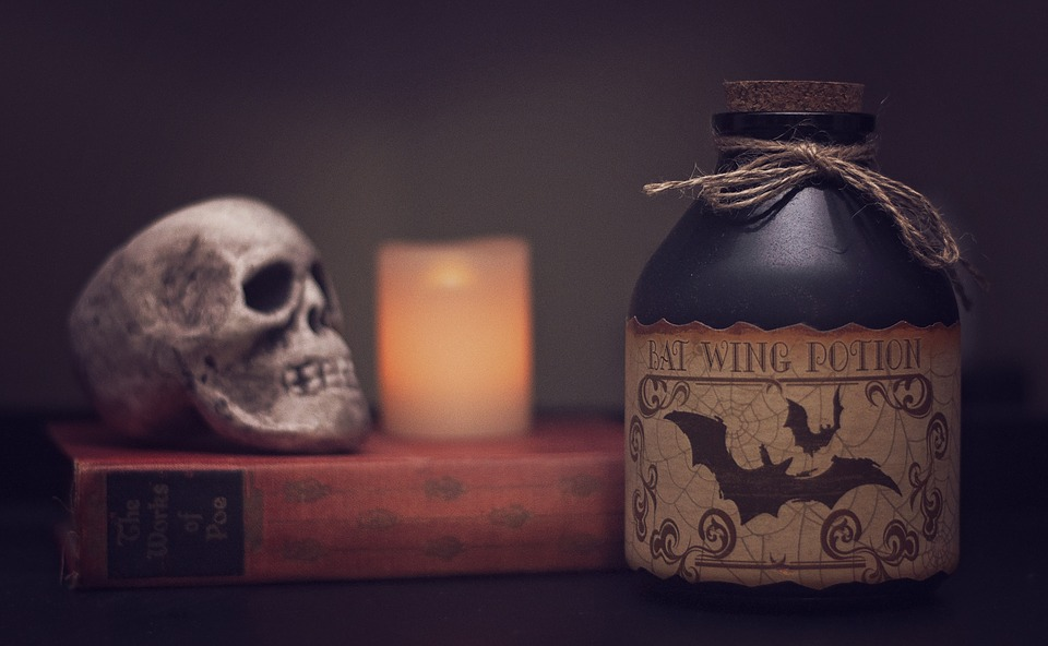 potion poison halloween scary horror spooky - Spooky Halloween Pictures Free