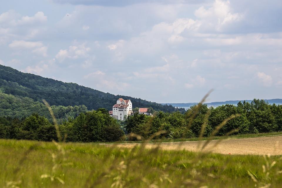 Schloss Wildegg, Aargau, Switzerland, Middle Ages