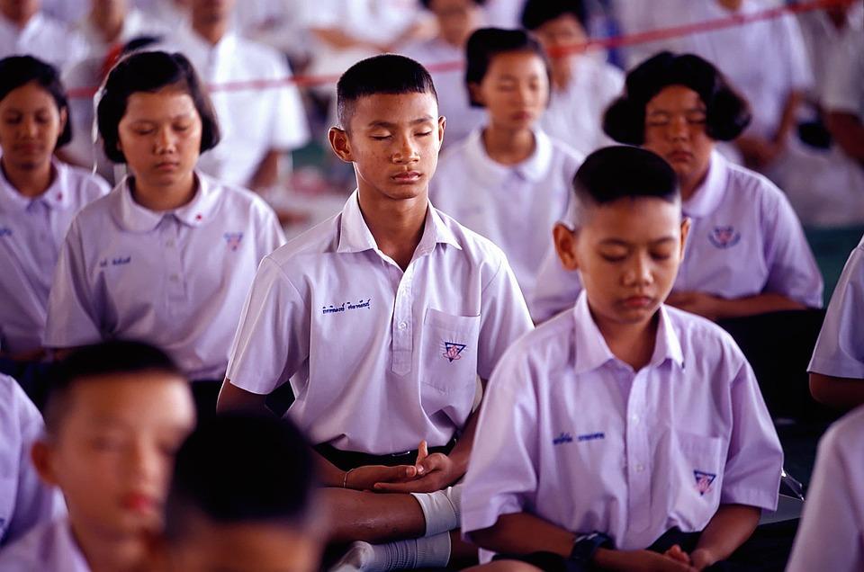 School, Boys, Girls, Buddhists, Meditate, Wat