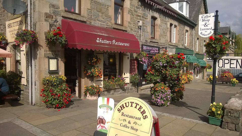 Killin, Scotland, Shops, Sunny, Restaurant, Flowers