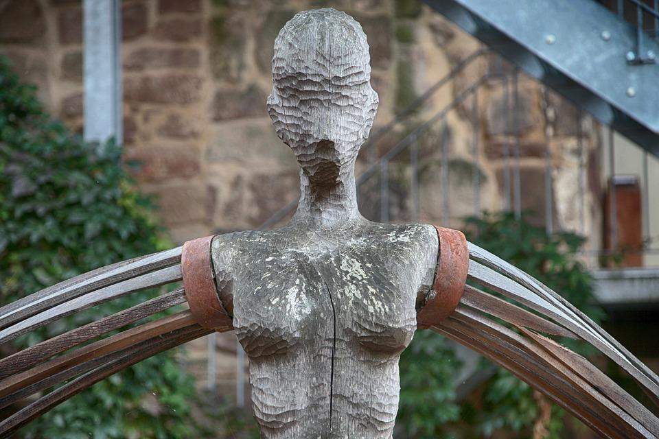 Free photo sculpture old statue art wood log carving figure max pixel