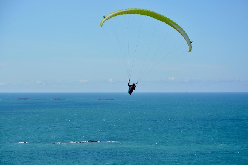 Paragliding, Flight Over Sea, Sea, Blue Sky