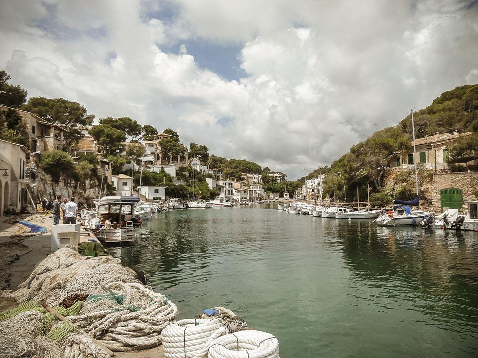 Mallorca, Fishing Village, Cala Figuera, Water, Sea