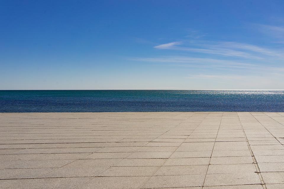 Sea, Concrete, Sky, Ocean, Line, Zone, Contrast