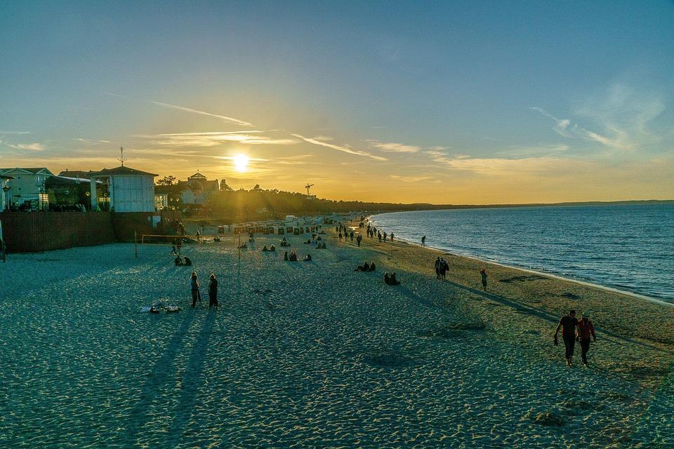 Sun, The Beach In The Evening, Setting Sun, Sea, Sunset