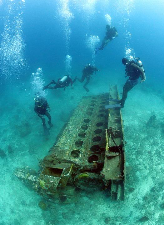 Divers, Sea, Ocean, Water, Underwater, Metal, Trash