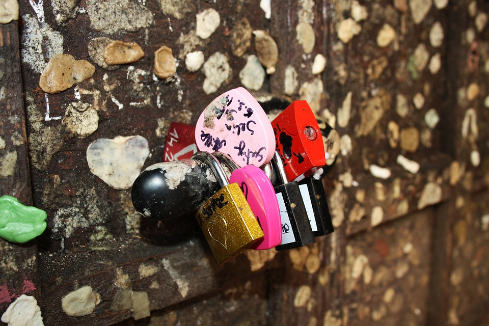 Verona, Juliet's House, Giuliatta, Padlocks, Love, Seal