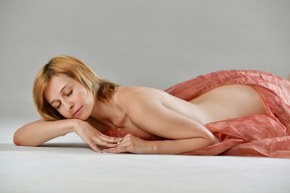 Silhouette, Nude, Fabric, Tenderness, Sensuality, Spin