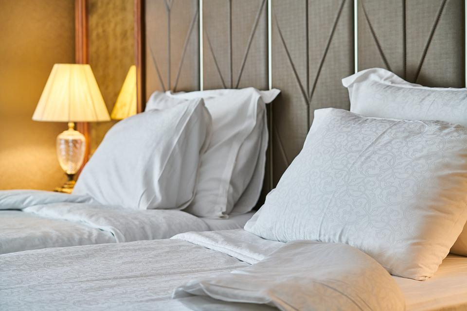 Hotel, Room, Bed, Pillow, Sheets, White, Morning, Night