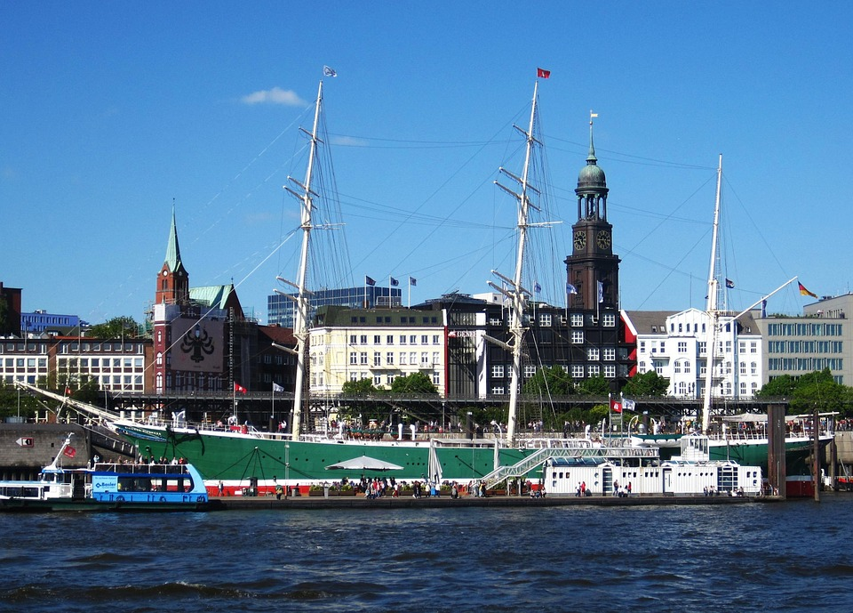 Hamburg, Port Of Hamburg, Elbe, Ship, Landungsbrücken
