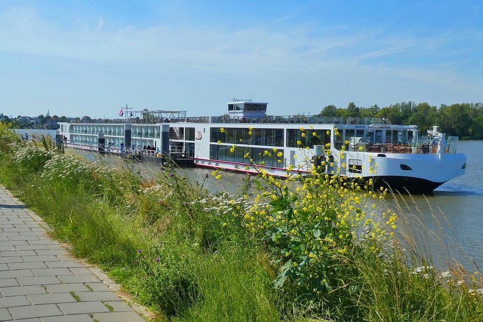 Cruise Ship, River Cruise, The Leak, Holland, Ship