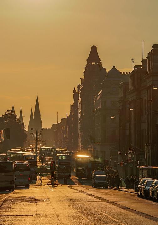 Edinburgh, Princess Street, Shopping Street, Transport