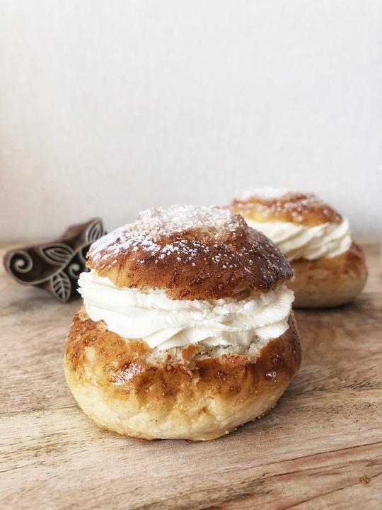 Shrove Buns, Cream Bun, Bun, Pastry, Dessert, Cream