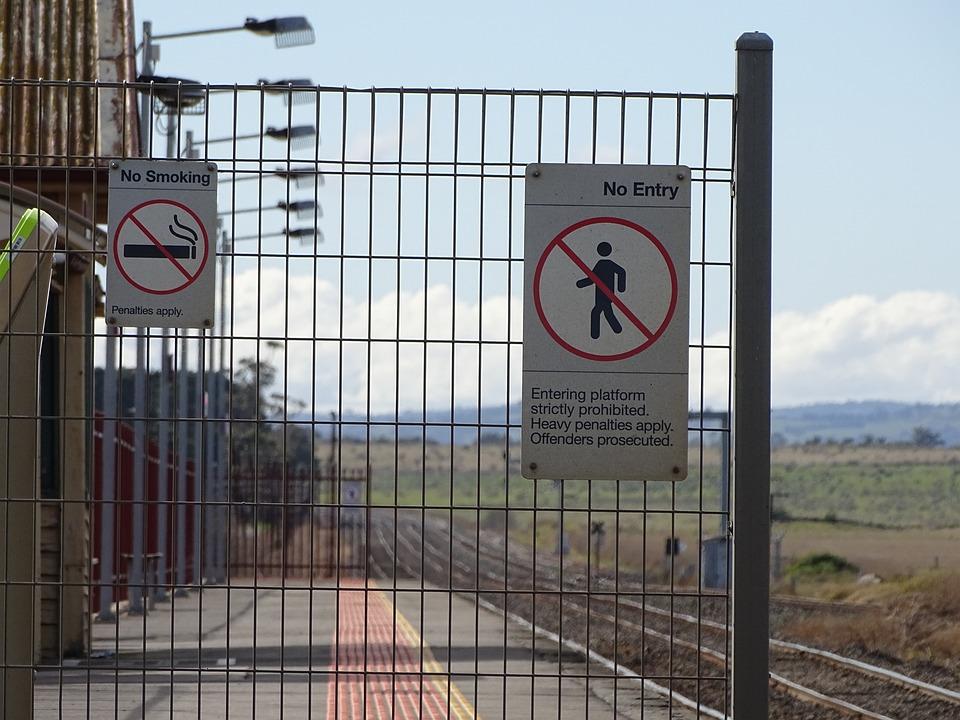 Donnybrook Railway Station, Signs, Fence, Platform
