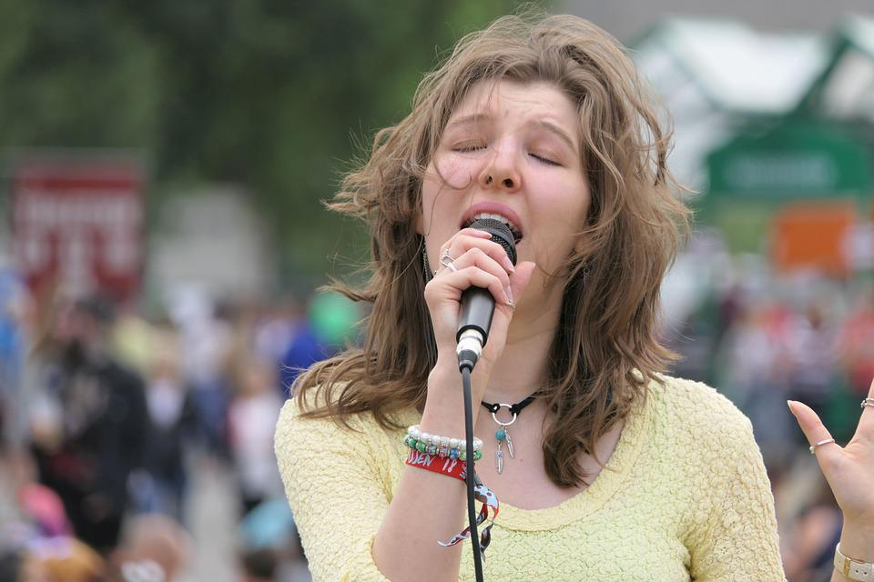 Singer, Live, Singing, Music, Microphone, Live Music
