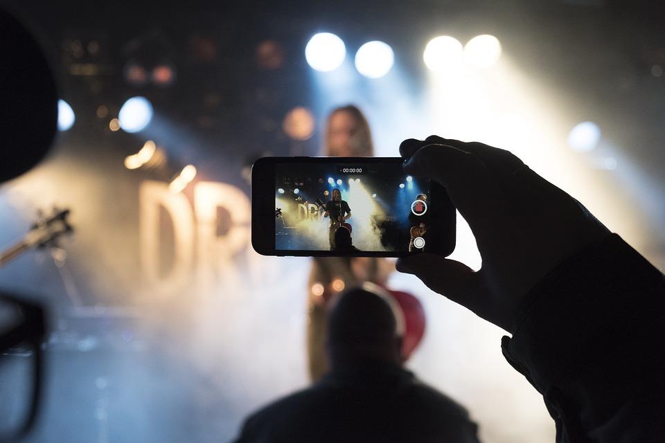 Concert, Rock Band, Singing, Cellphone, Crowd, Lights