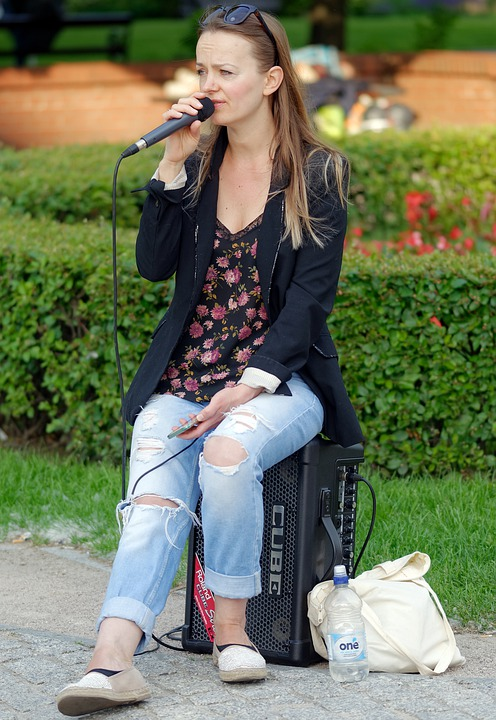 Woman, Young, Music, Singing, Microphone, Speaker