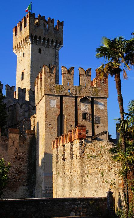 Sirmione, Garda, Skaligerburg, Italy, Castle