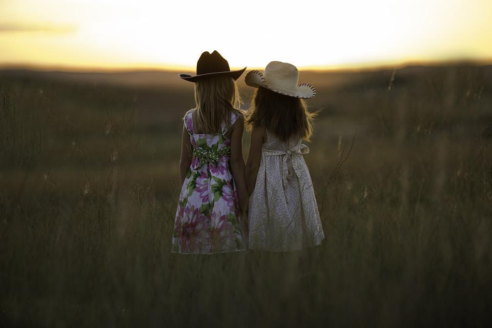 Sisters, Summer, Child, Girls, Childhood, Cute