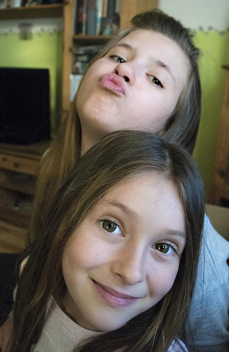 Girls, Sisters, Happy, Cute Girl, Young, Childhood