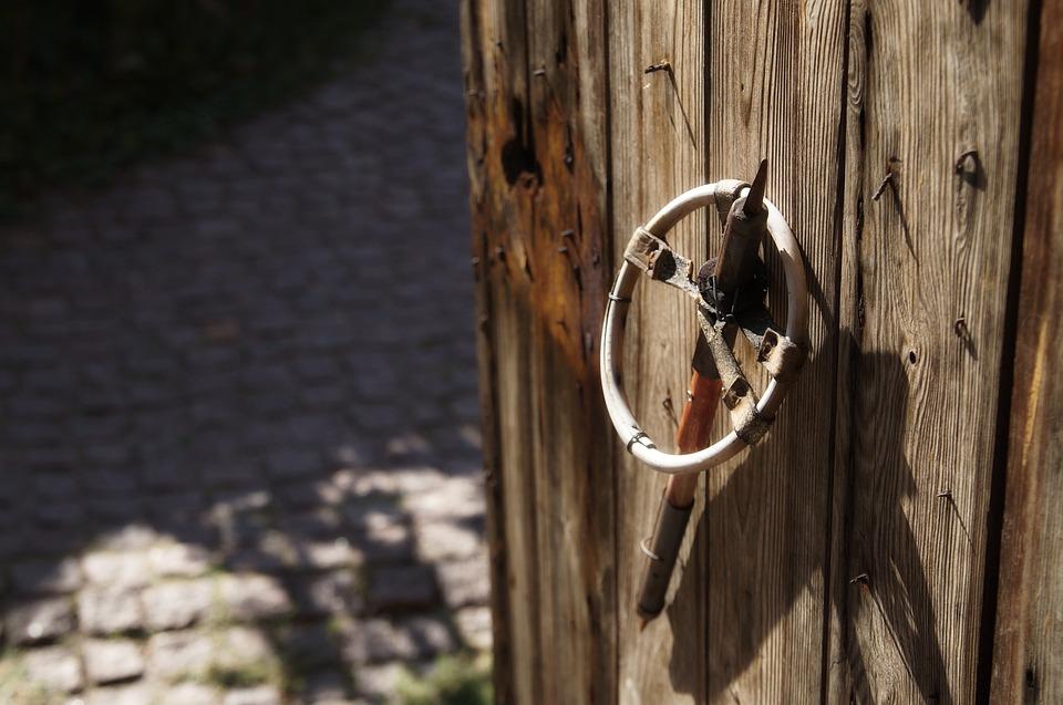 Ski Pole, Rustic, Barn, Wood, Rural, Country, Door