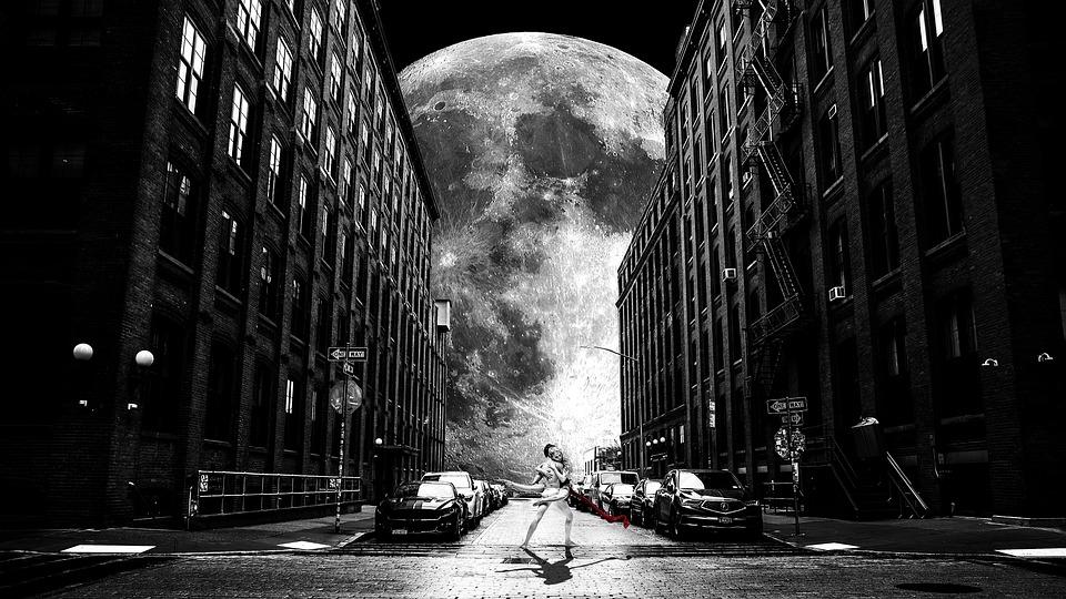 Moon, Homes, Multifamily, Sky, Backstreet, Bricks