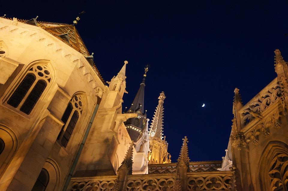 Budapest, Church, Moon, Night, Hungary, Sky, Travel