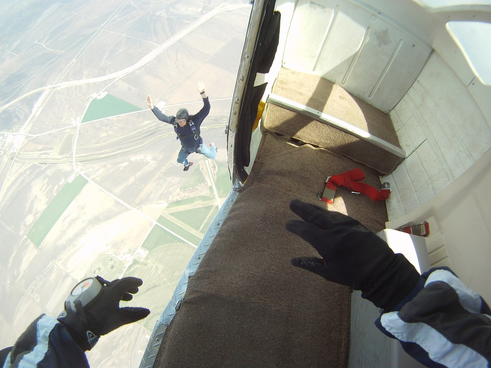 Skydiving, Parachutist, Jumping, Excitement, Sky