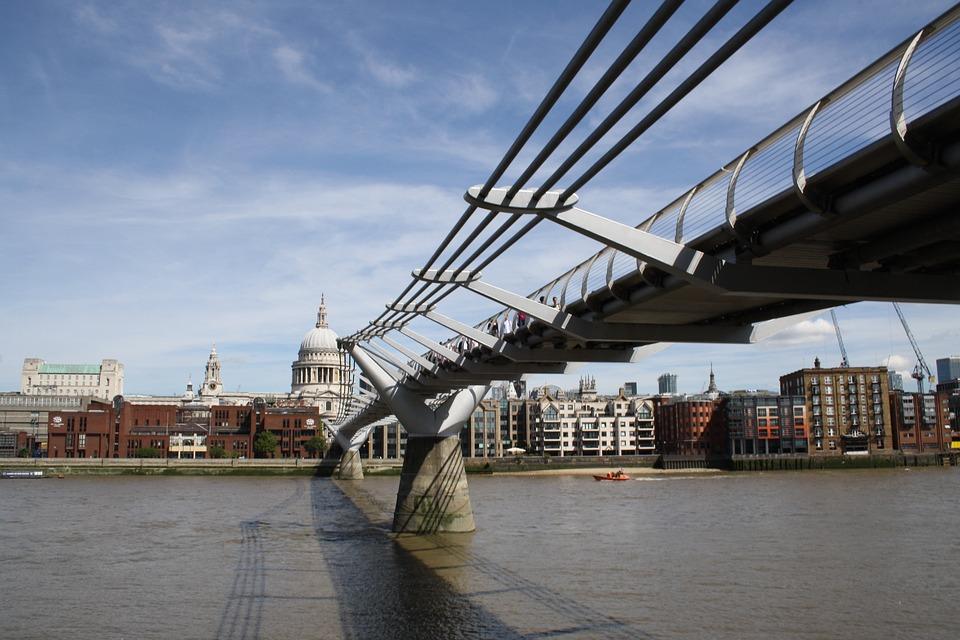 River Thames, London, Uk, Skyline, England