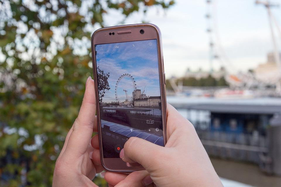 Smartphone, Photography, London Eye, Tourism, Hand