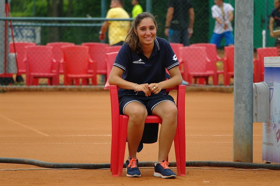 Smile, Tennis Referee, Brunette, Attractive, Female