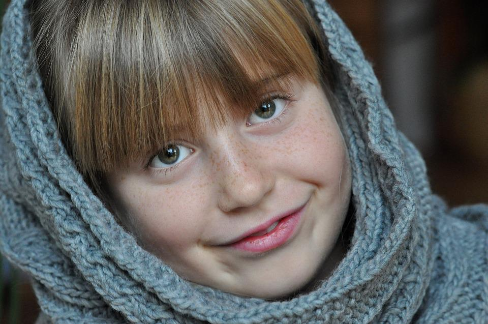 Child, Girl, Face, Smile, Satisfied, Eyes, Look