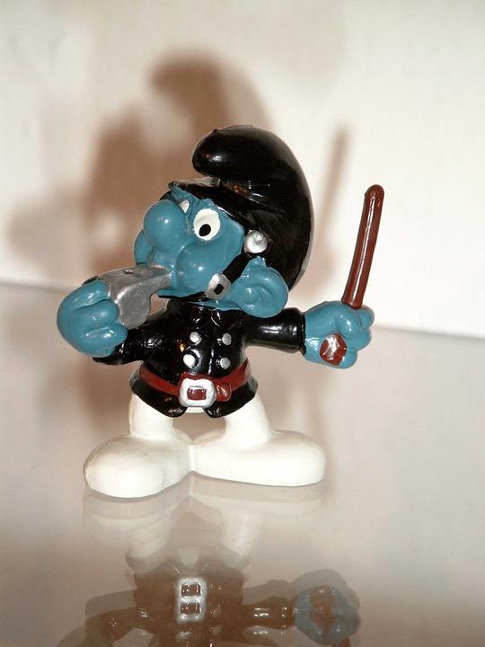 Smurf, Constable, Uniform