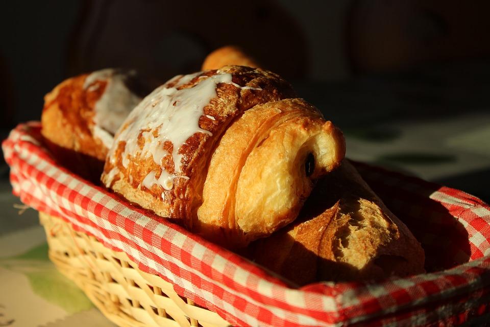 Puff Pastry, Croissants, Bread, Breakfast, Snack, Tasty