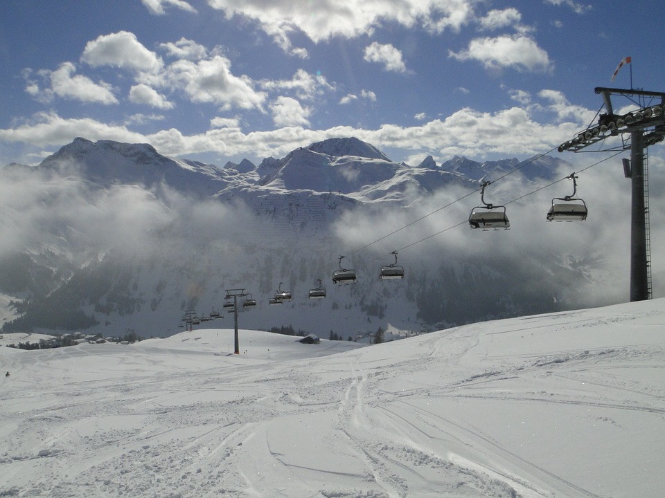 Ski Lift, Chairlift, Sun, Snow, Skiing, Winter Sports