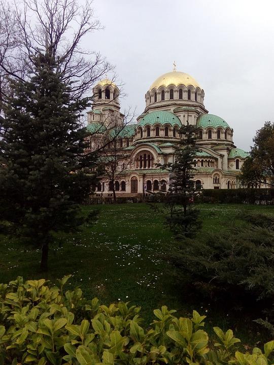 Sofia, Temple