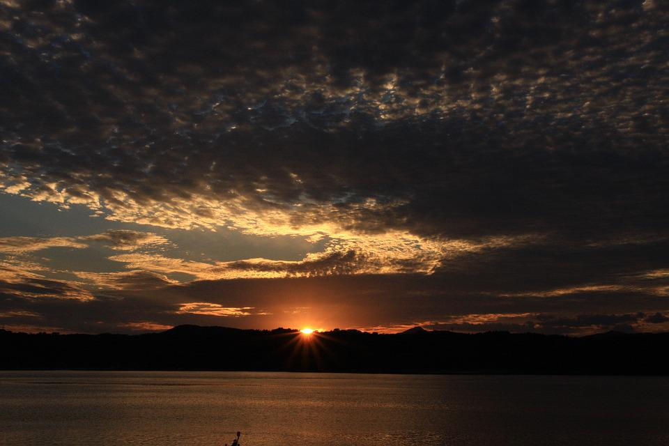 Skyglow When I See Sunset Like This In >> Free Photo Solar Glow Night View Sky Sunset The Night Sky Max Pixel