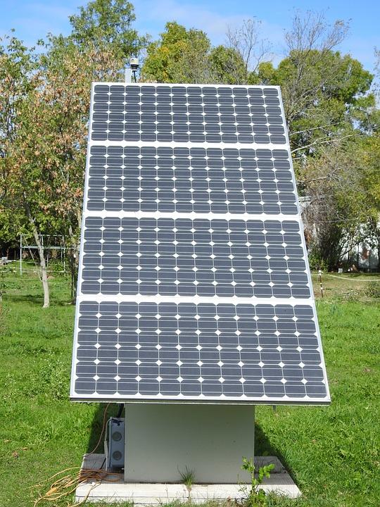 Solar Power Station 120v Ac, Green Energy