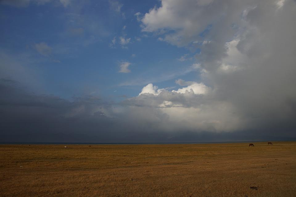 Kyrgyzstan, Song Kul, Landscape