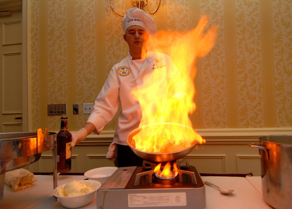 Sous Chef, Flame, Pan, Preparing, Table, Food