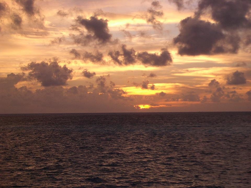 Sunset, Blue Sea, Clouds, Clear Skies, Southern Country