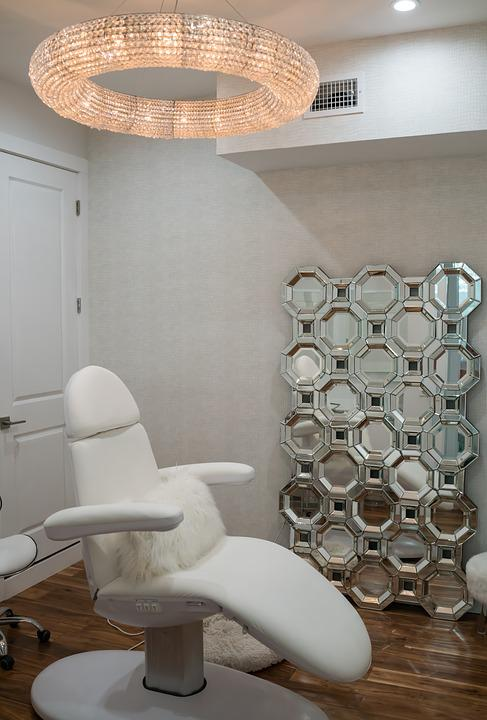 Spa, Beauty Salon, Chandelier, Contemporary, Luxury