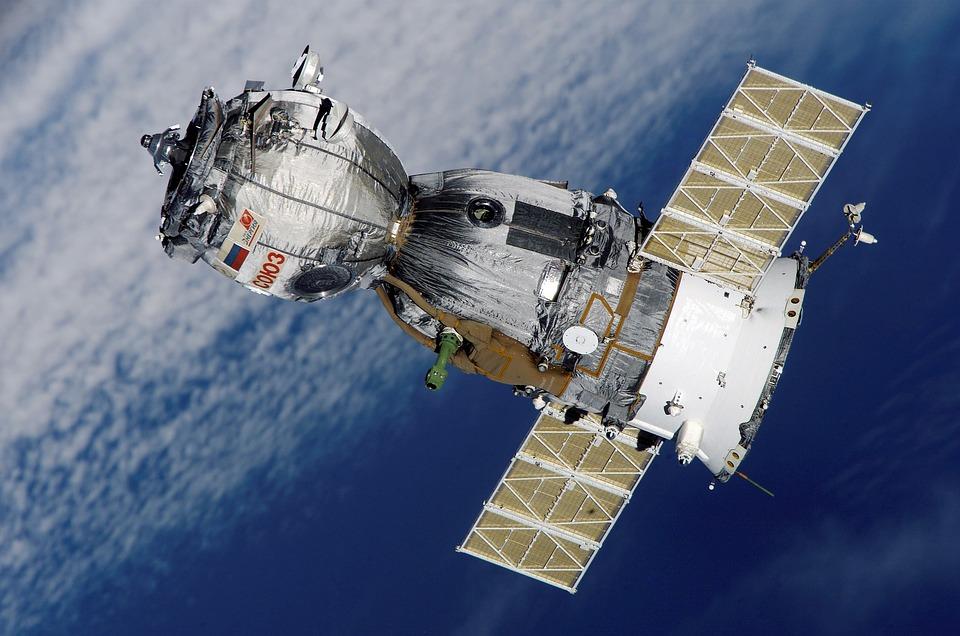 Satellite, Soyuz, Spaceship, Space Station, Aviation